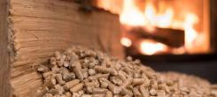 Installer un chauffage au bois chez soi en faisant appel à un artisan spécialisé